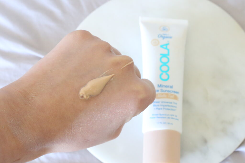 Coola mineral face sunscreen review