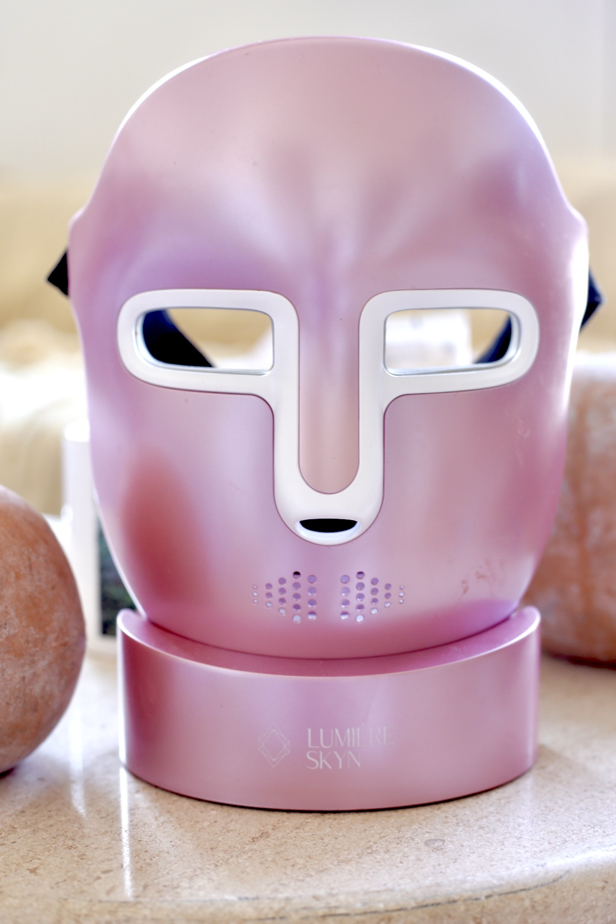 HyperGlo LED Face Mask Review